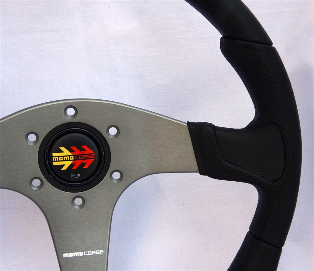 momo lenkrad devil 35cm schwarz steering wheel volante ebay. Black Bedroom Furniture Sets. Home Design Ideas
