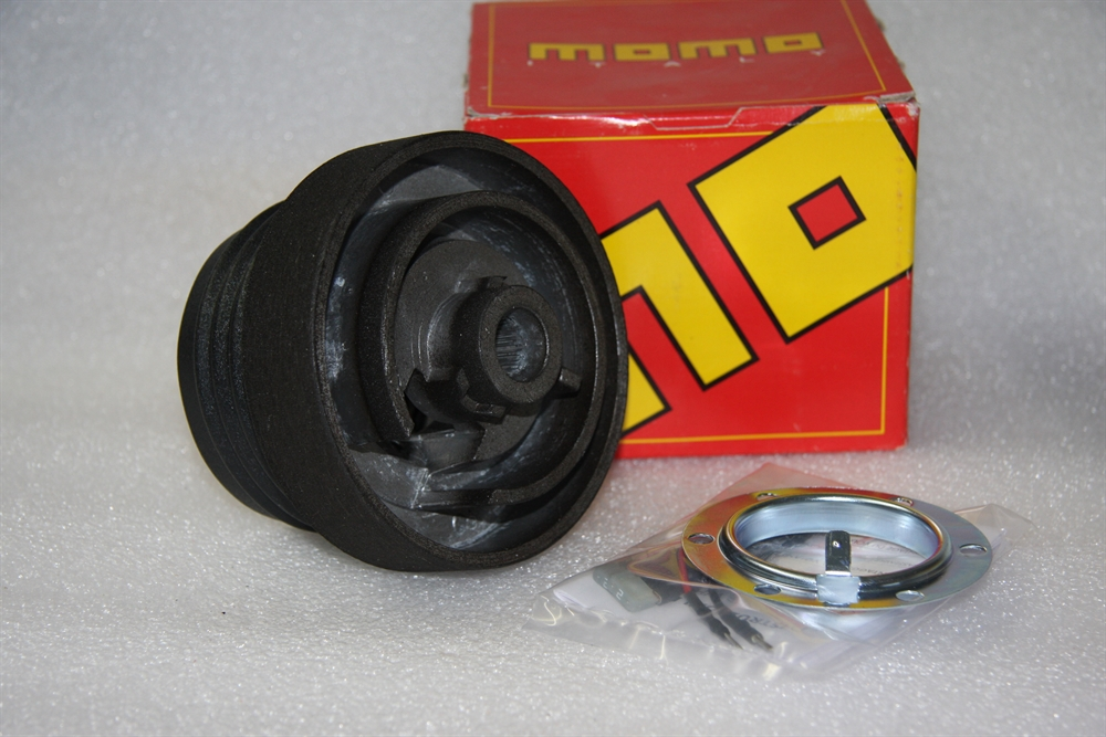 momo lenkradnabe k6828 f r peugeot 206 cabrio 207 307 1 lenkrad nabe steering ebay. Black Bedroom Furniture Sets. Home Design Ideas